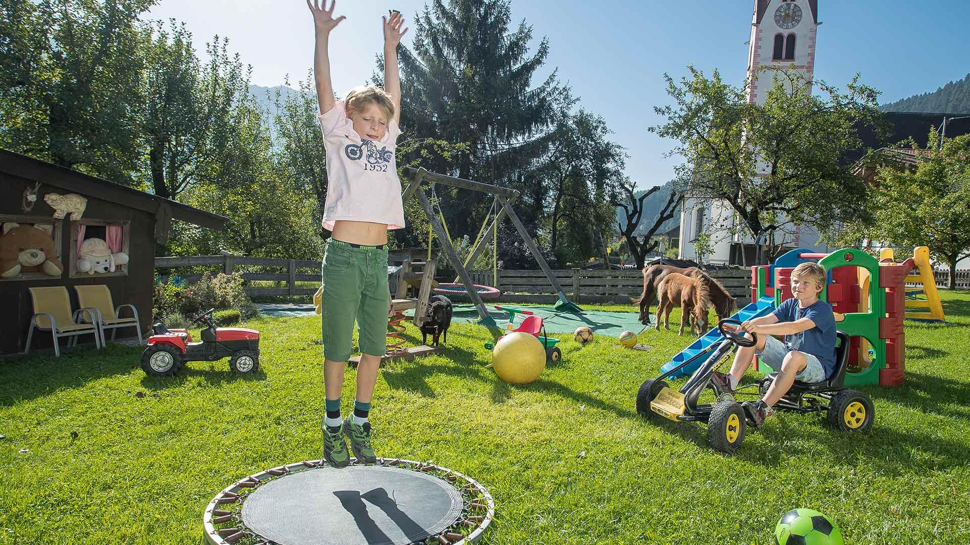 brixnerhof im zillertal: kind & kegel