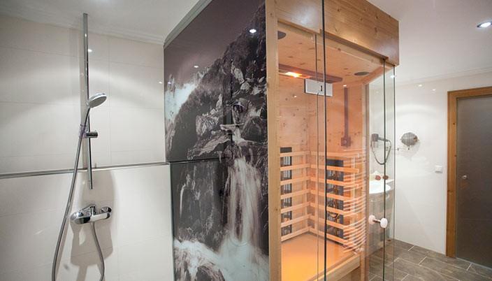 brixnerhof im zillertal: ferienwohnung bergkristall