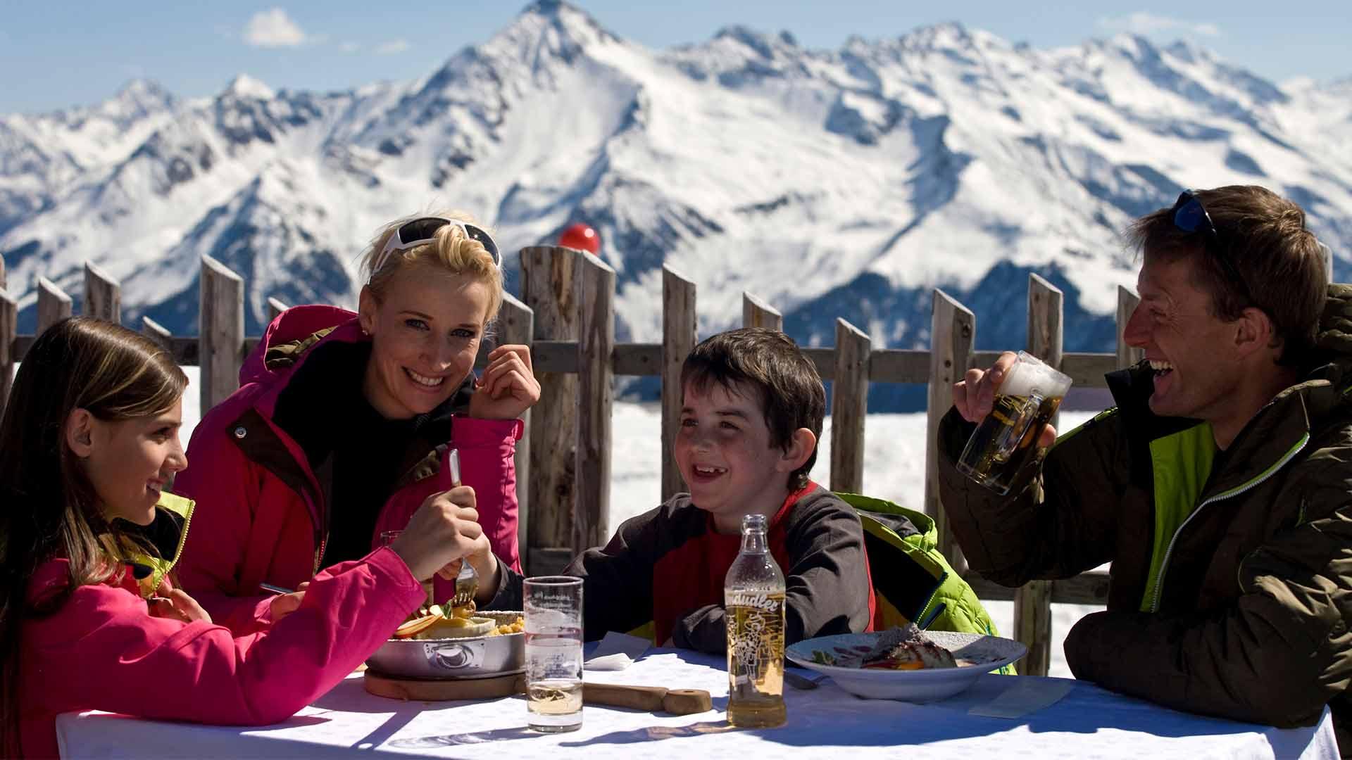 brixnerhof im zillertal, winterurlaub mit familie, urlaub im zillertal, ski fahren